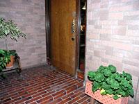 ペンション・キャンドル玄関